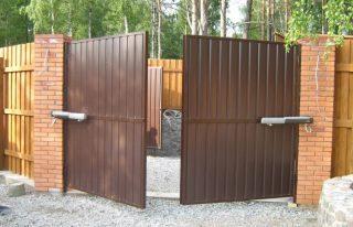 Фото процесса производства Распашные ворота с электроприводом в Самаре