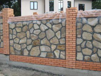 Забор из камня под ключ в Самаре